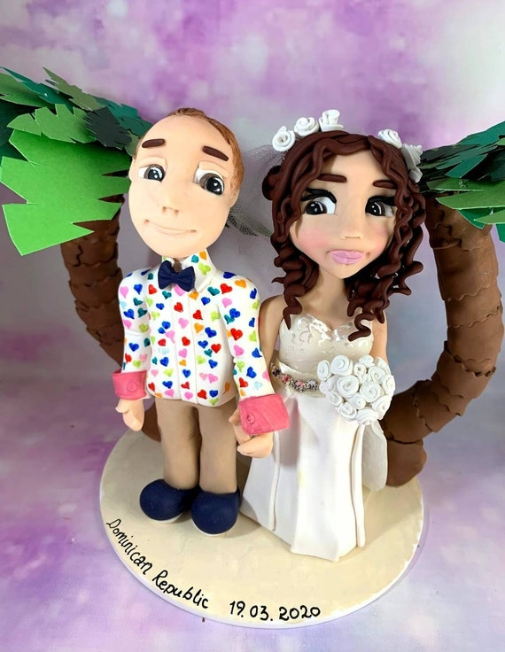 Personalised Wedding Cake Topper - couple on beach with palm trees.