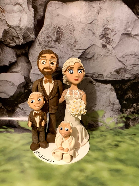 Personalised Lockdown Covid Wedding Cake topper - Family Group