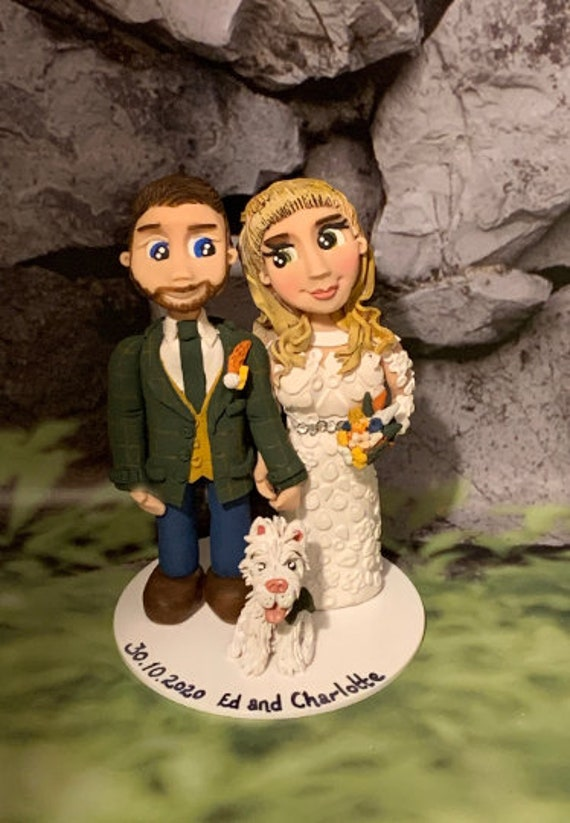 Personalised Wedding Cake Topper - figurines bride and groom/Same Sex Couple Garden Party Wedding