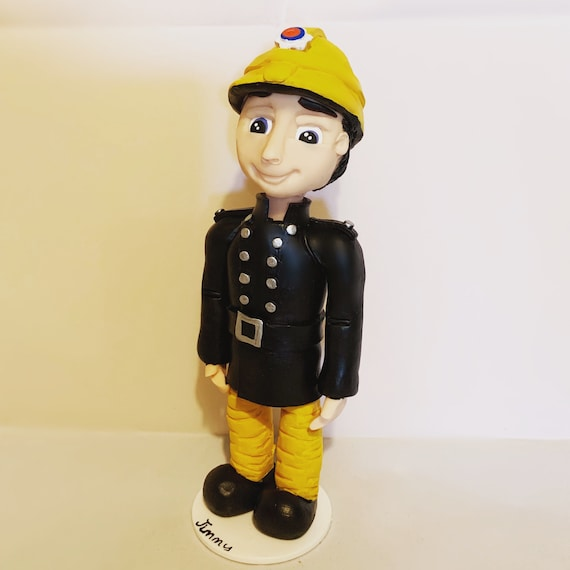 Fireman/firewoman/firefighter - personalised Clay Statue/Figure/ figurine - Birthday Gift/keepsake