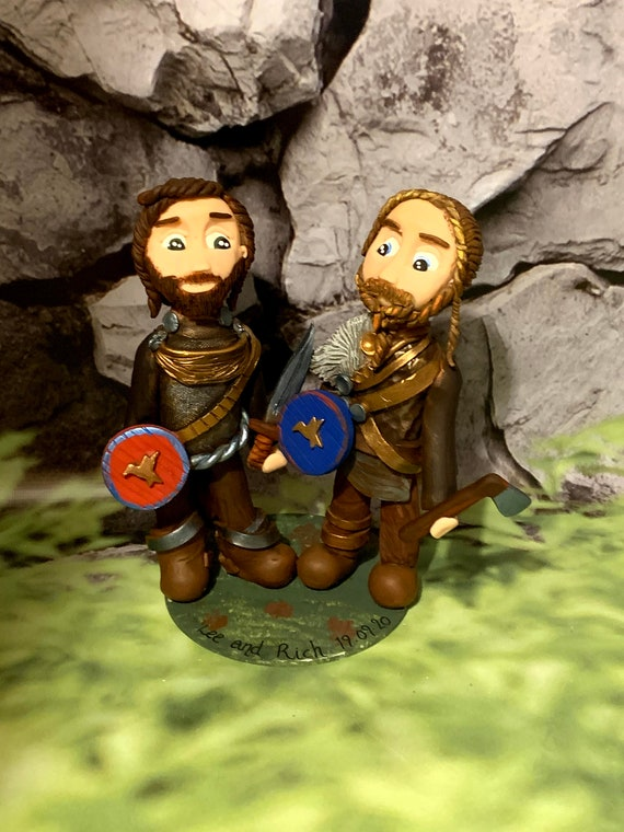 Personalised Wedding Cake Topper - figurines bride and groom/Same Sex Couple Viking Couple/Costumes/Cosplay
