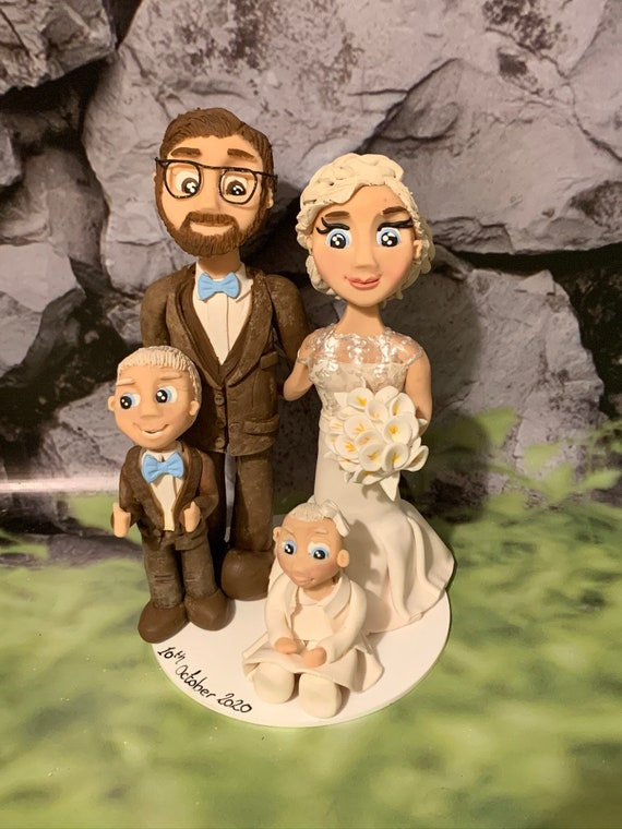Personalised lockdown/Covid Wedding Cake Topper - Family Group