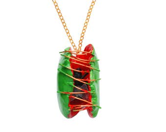 VENUS FLY TRAP Necklace ,Meat-eating plant, with a fly inside necklace, Carnivorous plant, hand made Necklace funny, freaky odd design