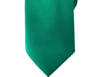 679b8c4ace7d Mens Necktie Solid Forest Green 8.5cm Necktie. Plain Necktie for Him.  Groomsmen Single Colored Tie. Wide Green Necktie. Gifts for Him.