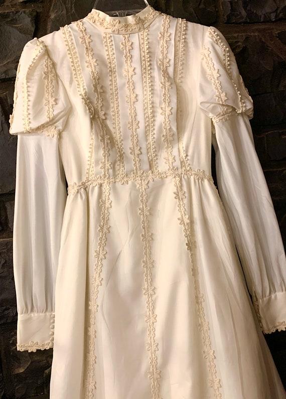 1960s 70s wedding dress