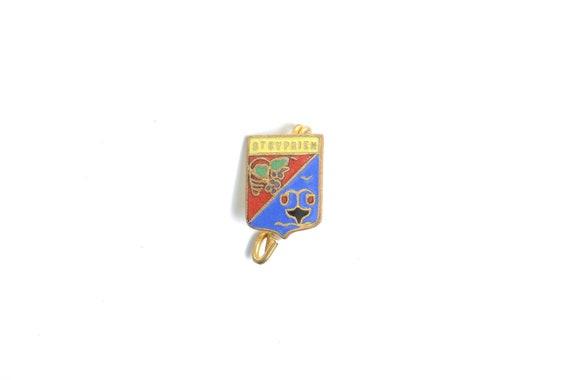 Saint Cyprien Coat of arms enamel pin badge, Franc