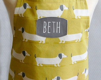 Kid's Personalized Apron, Dachshund Apron, Wiener Dog Apron, Cotton Apron, Toddler to Teen, Baking Apron, Add on a Chef Hat