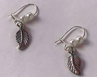 Leaves and Pearls Earrings