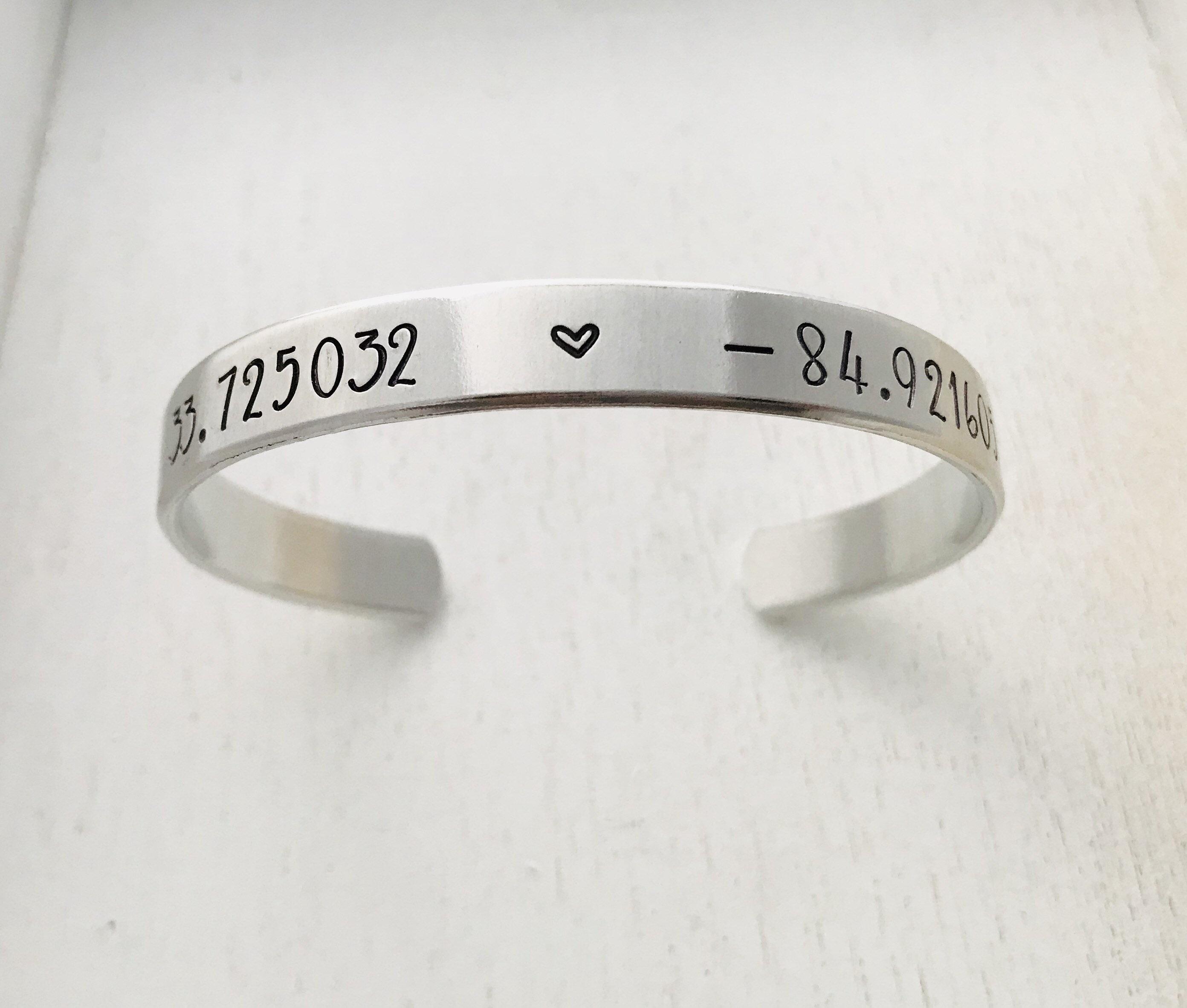 GPS Koordinaten Armband eines Lieblingsortes, Attraktion, DVC oder  besondere Lage  Disney Hochzeit, Familie Geschenk, Valentinstag Geschenk,  BFF, ...
