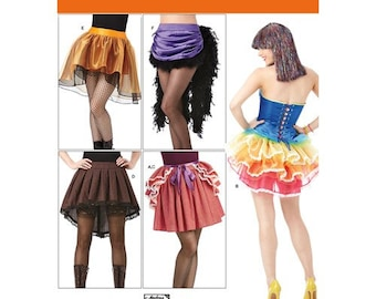 Simplicity Sewing Pattern 1346 Woman's skirt and Bustles