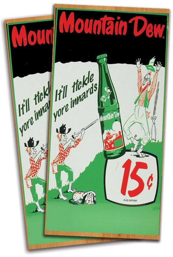 Coca Cola Woodgrain Cornhole Bag Toss Wrap Set