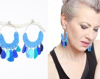 Blue shaded pendula statement earrings No. 12