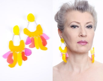 Yellow and pink pendula statement earrings No. 12