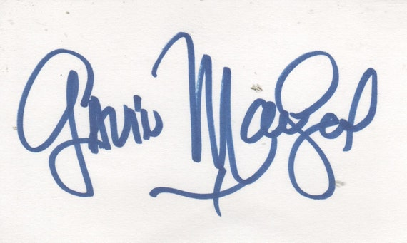 free photo star of LOVE BOAT Lou Grant Mary Tyler Moore Gavin MacLeod AUTOGRAPH Autographed Signed index card with Letter of Authenticity