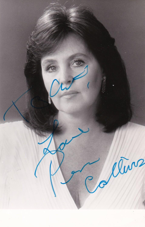 photo Pauline Collins (born 1940)