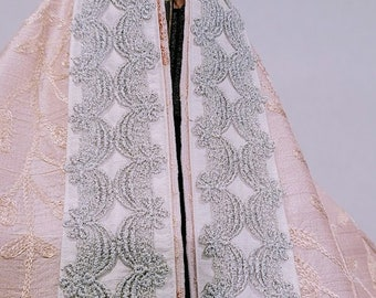 Pale Pink Silk Floral Embroidered Tallit
