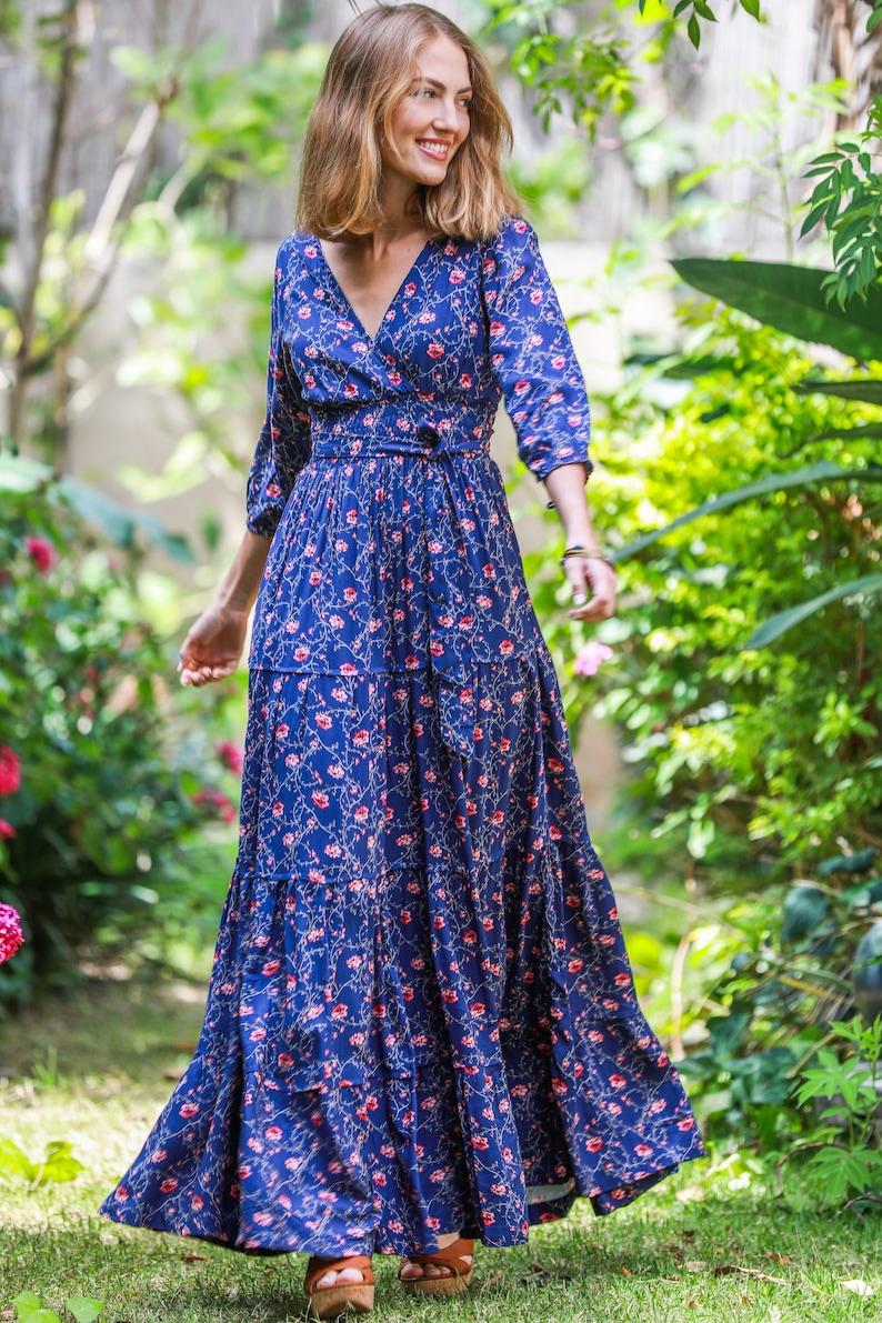 c62172680a40 Lange Ärmel konservative Kleid, Blume Druck Rüschen Kleid, Abend Boho Maxi  Kleid,