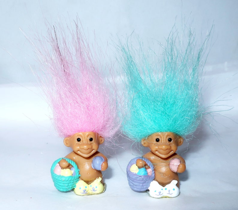 "1/"" Russ Troll Doll NEW w//RUSS STICKER MINI BUNNY RABBIT EASTER MINIATURE"