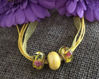 Yellow Necklace, Yellow Jewelry, Yellow Gift, Beaded Necklace, Yellow Pink Necklace, Pastel Necklace, Birthday Gift, Pastel Jewelry
