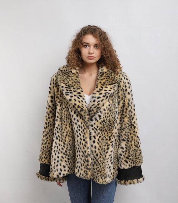 Faux fur coat | Vintage leopard pattern fake fur c
