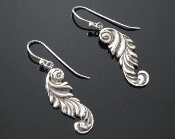 Dangle and drop earrings in sterling silver