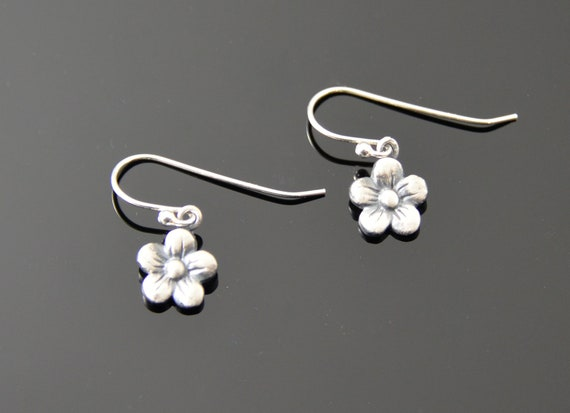 Flower Earrings, sweet, small fine silver drops
