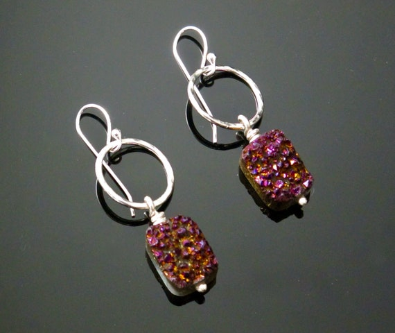 Fuchsia/Burgandy Druzy Earrings.