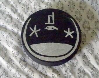 Pagan - Round Portable Altar Box - Egyptian - Osiris/Wesir - Black With Silver Design