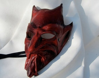 Demon mask devil red leather horn costume cospaly larp renaissance wicca pagan magic burning man ritual gothic