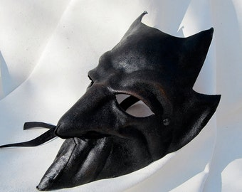 Demon mask devil black leather horn costume cospaly larp renaissance wicca pagan magic burning man