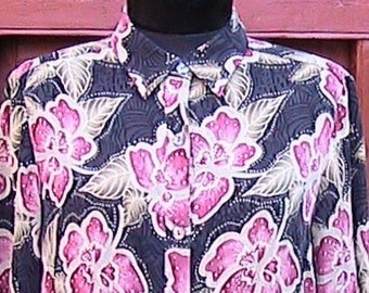 Size 12-14  Silk Flowered Long Sleeve Blouse (Spandex)