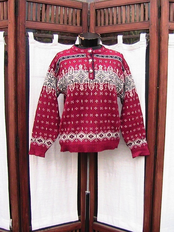 Small L.L.BEAN Red/White SNOW SWEATER SWTR032