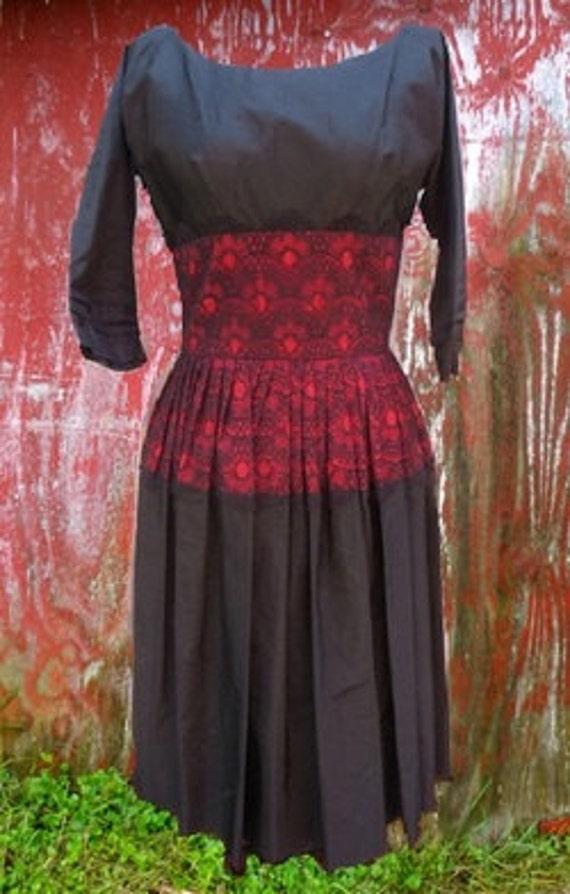 VINTAGE 1950s PARK LANE Debs Red & Black Taffeta d