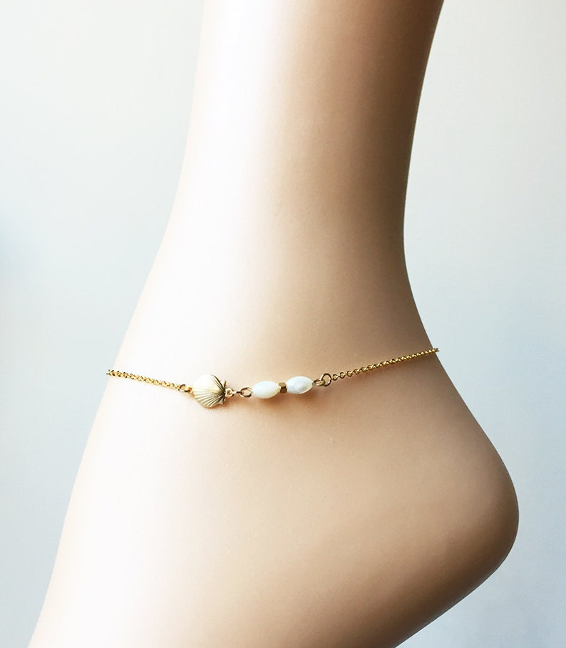 4813e66ccba Gold Shell Anklet-Mother of Pearl Ankle Bracelet-Shell