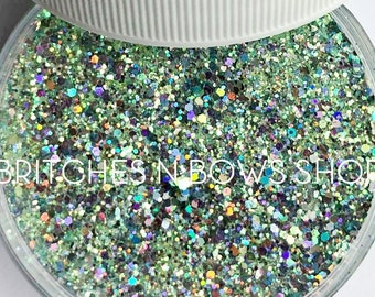 Weeping Willow    Premium Polyester Glitter, 1oz by Weight • TRANSPARENT •    up to .062 cut