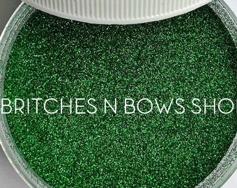 Emerald • May Birthstone || Polyester Glitter, 1oz by Weight • OPAQUE • || .004 cut