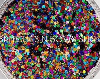 Somewhere Holo the Rainbow (Somewhere Over the Rainbow)    Exclusive Polyester Glitter, 0.5oz by Weight • OPAQUE •    up to .062 cut