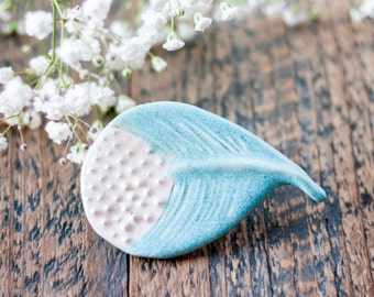Turquoise ceramic feather brooch - Semi-porcelain feather pin - Turquoise feather accessory - Ceramic brooch - Rustic feather brooch
