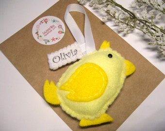 Country Home Decor, Chicken Coop Signs, Yellow Felt Hen, Rustic Gifts, Bird art, Hanging Decorations