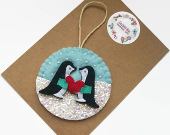 Penguin Gift, Felt Christmas Ornaments, Couple Gifts, Penguin Love, Snow Scene Christmas Decorations