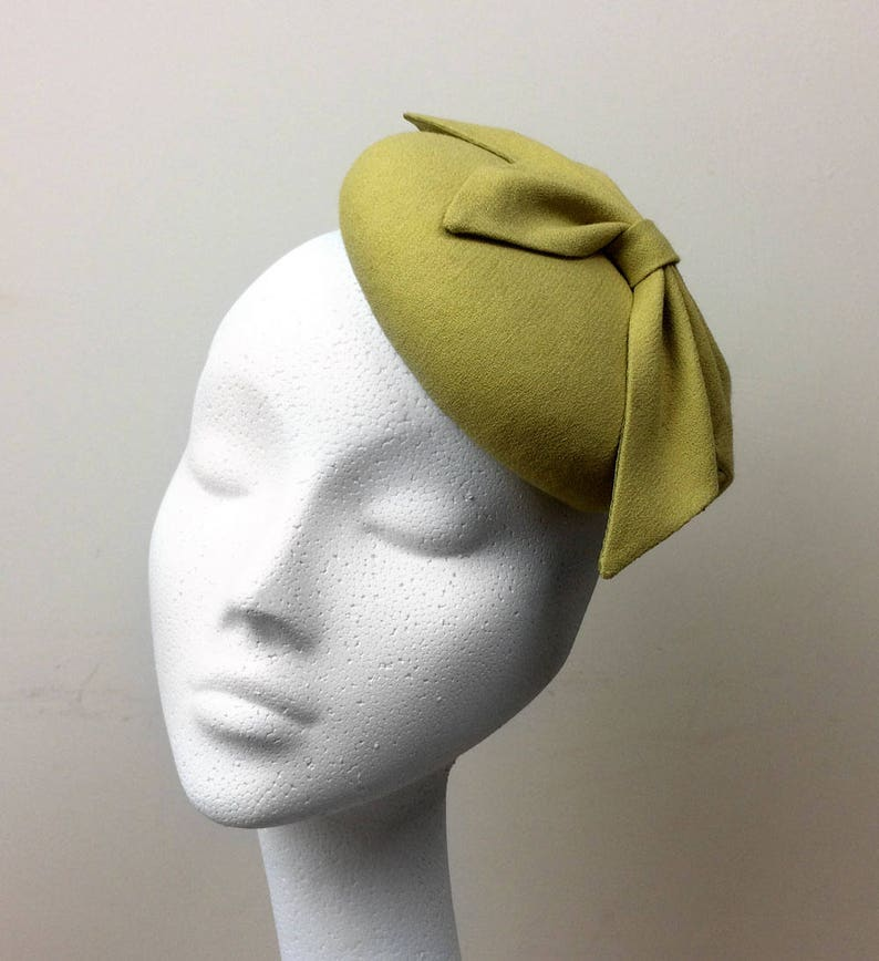 CAROL Chartreuse Lime Green Wool Crepe Millinery Fifties Style Button Fascinator Cocktail Hat
