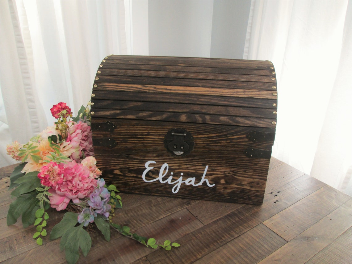 Personalized toy chest, nursery room decor, new baby gift, first birthday present, Christmas gift for grandkids, block storage, wood trunk