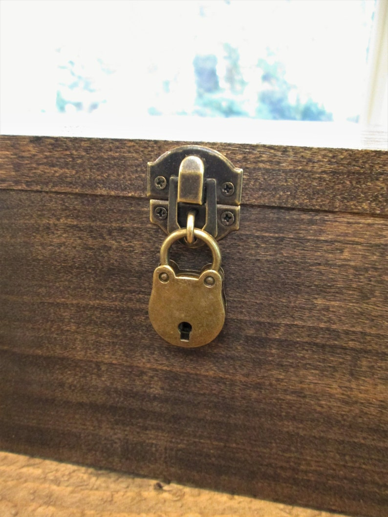 HASP-HINGE-LOCK add on for wine boxes- perryhill rustics- lock and key add