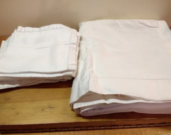 """Vintage Linen Tablecloth with 12 Matching Napkins 90"""" x 54"""" Excellent Condition"""