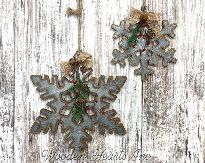 """CHRISTMAS DECORATIONS RUSTIC Xmas Decor Snowflake *Farmhouse Wood Metal Wall Hanging Galvanized Pine Berries Bell Country 8"""" or 12"""" Ornament"""