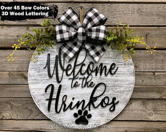 """Personalized Door Hanger, Welcome Wreath, Custom Last Name Paw Print + Bow, Everyday Decor, 16"""" Round Sign, Fall Decor, Fall Sign, Gift"""