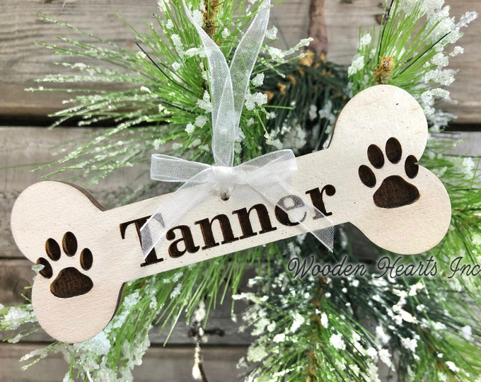 Personalized Dog Ornaments Christmas Pet Name Dog Bone with Paw Prints First Xmas Wood Engraved Custom Tree Decor Gift