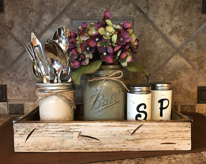 MASON Jar Kitchen 5pc SET in Antique White TRAY, Mini Quilted, Pint Vase with Flower, Salt & Pepper Shakers Ball Jars Distressed Centerpiece