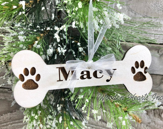 Dog Personalized Ornaments Christmas Pet Name Dog Bone with Paw Prints First Xmas Wood Engraved Custom Tree Decor Gift