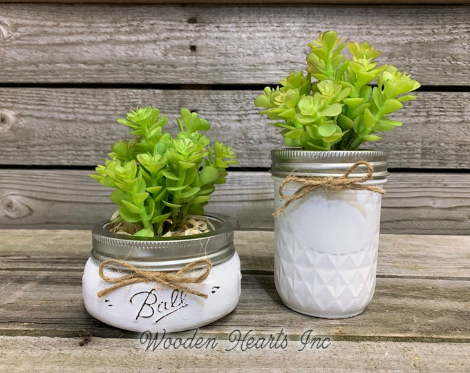 SUCCULENT PLANT favor in Pot Mason Jar Half Pint or Quilted Farmhouse Decor Distressed Ball White Rustic Greenery Wedding Shower